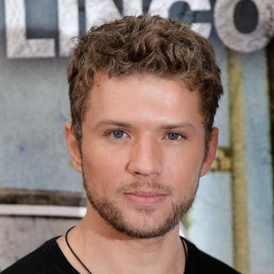 Ryan Phillippe curly hairstyles for men