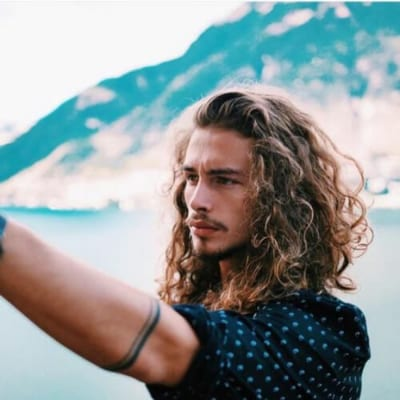 beards curly hairstyles for men