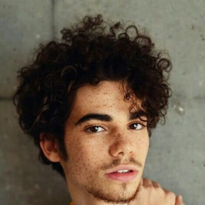 contemporary curly hairstyles for men