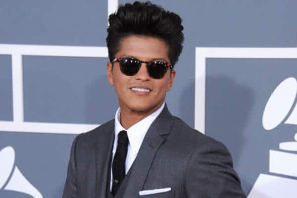 Bruno Mars grey suit