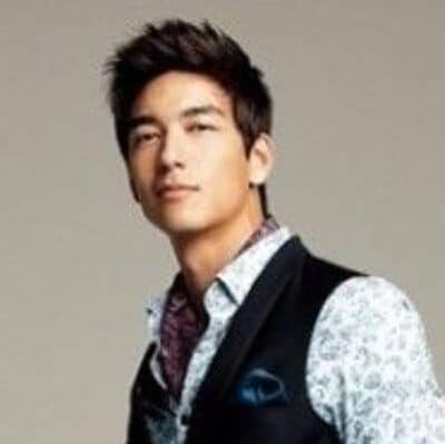 Classic Medium Hairstyle for Asian Men