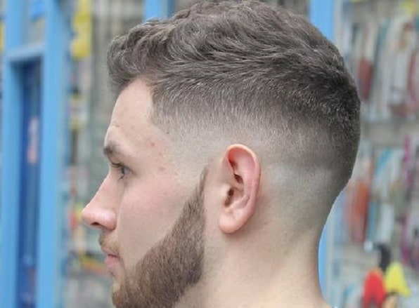 Ivy league haircut with mid fade