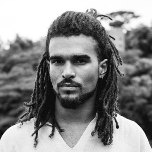 medium dread styles for men