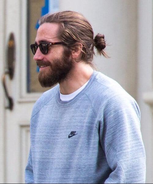 Jake Gyllenhaal top knot men