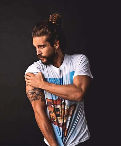 chestnut hair natural top knot men