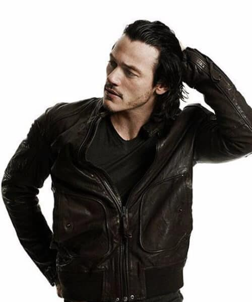 luke evans medium hairstyles for men