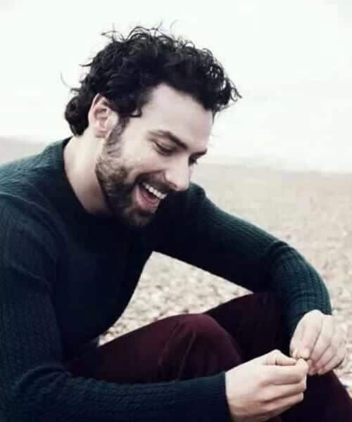 aidan turner short curly hairstyles for men