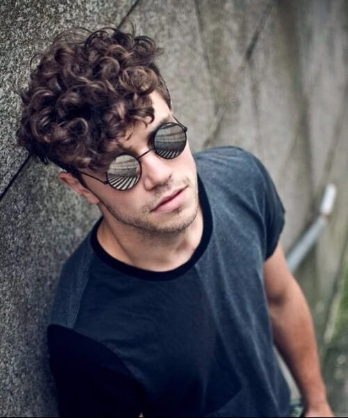 cool short curly hairstyles for men