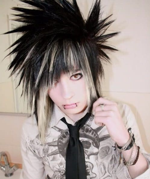 long spikes emo hairstyles for guys