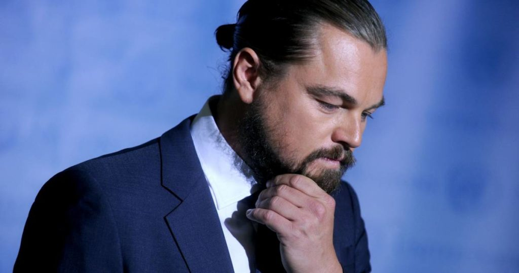 50 Inspirational Man Bun Hairstyle Choices Menhairstylist Men