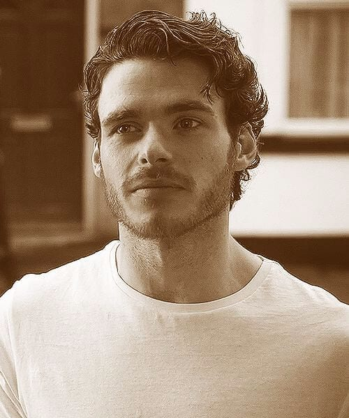 richard madden short curly hairstyles for men