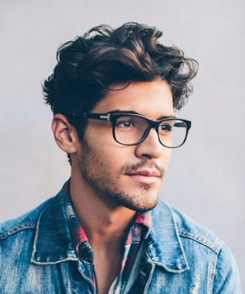 casual pretty hairstyles for men with wavy hair