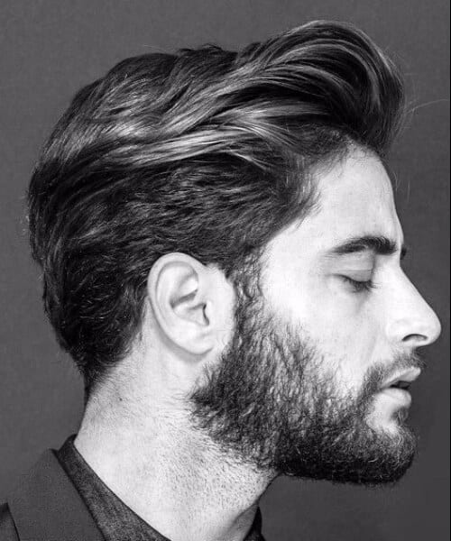 masculine hairstyles for men with wavy hair