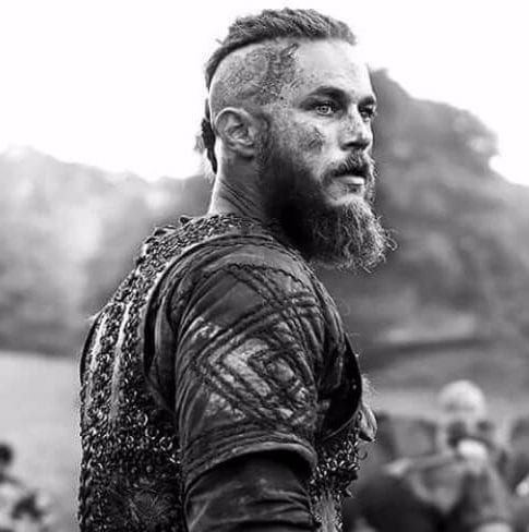 ragnar undercut with beard