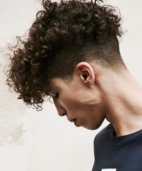 45 Undercut With Curly Hair Styles For Men