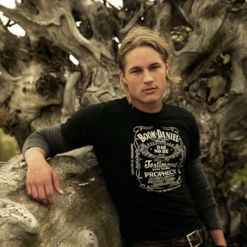 travis fimmel blonde men hairstyles
