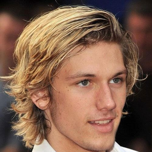 surfer layered haircuts for men