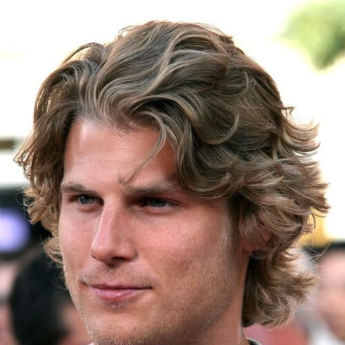 wavy layered haircuts for men