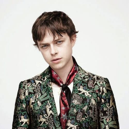Dane DeHaan para AnOther Man summer hairstyles for men