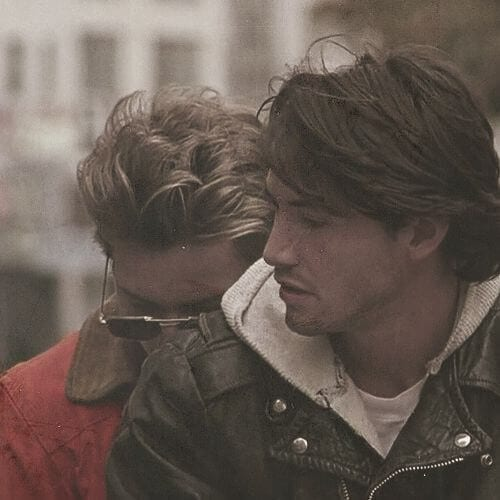 Keanu Reeves and River Phoenix Gus Van Sant - My own Private Idaho 1991 keanu reeves hair