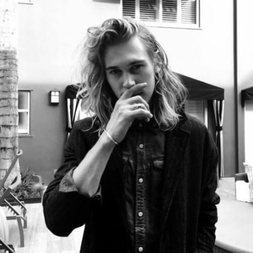 austin butler mens shoulder length hairstyles