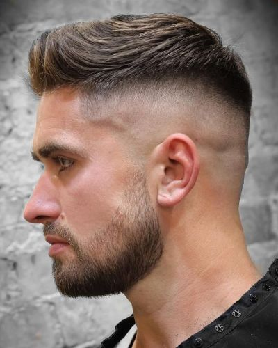 Textured Forward Swept Short Pomp with Tape Up